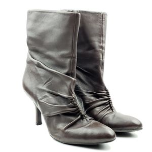Gianni Bini Wynona brown leather heeled boots